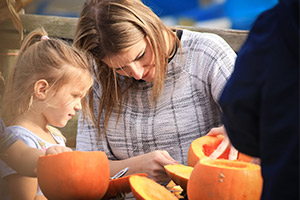 Pumpkin carving at Wheelgate Lil' Park of Horrors